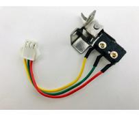 Микровыключтель с кронштейном (3 провода)